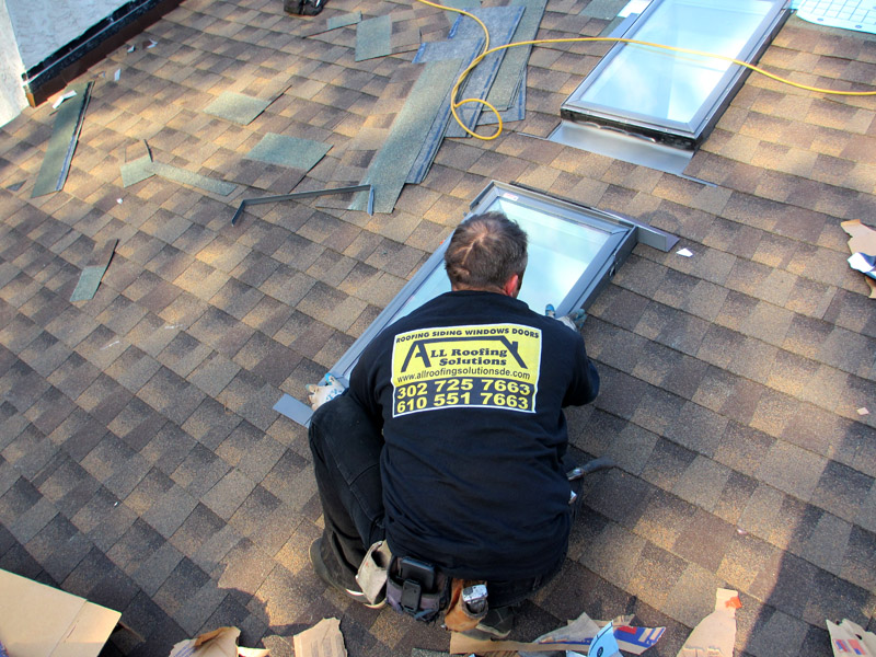 Shingle Roofing Installation Contractor in Bear DE